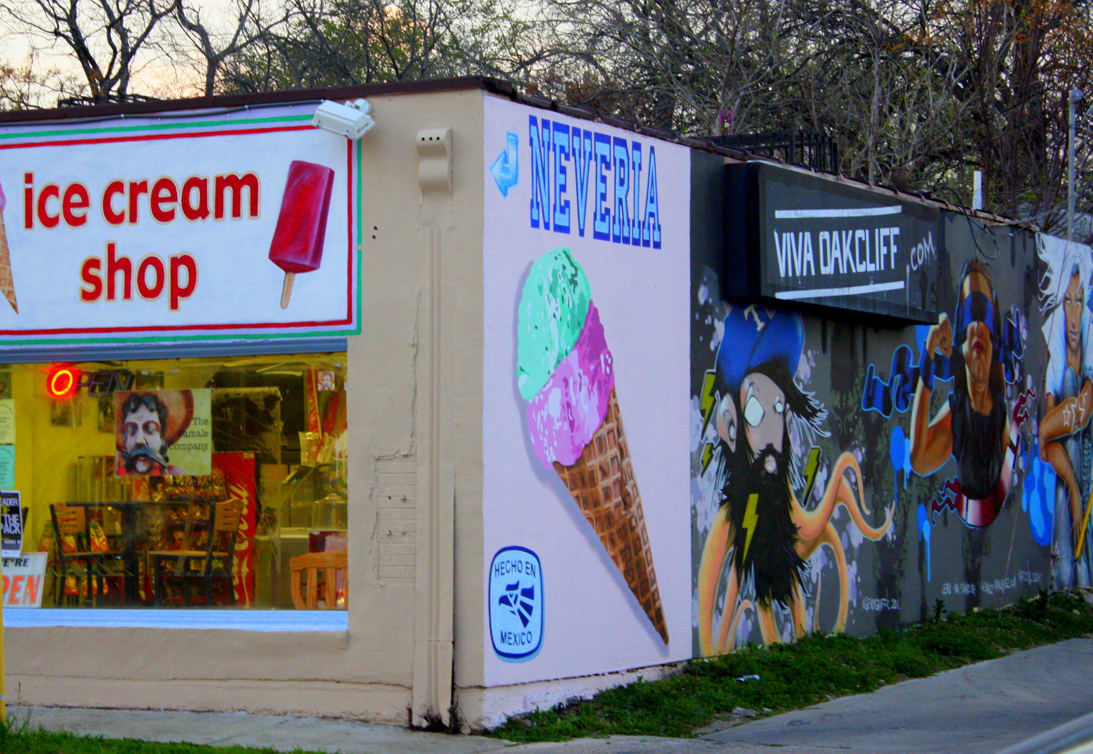 La michoacana ice cream dallas antonio rambl s travels for Dallas mural artists