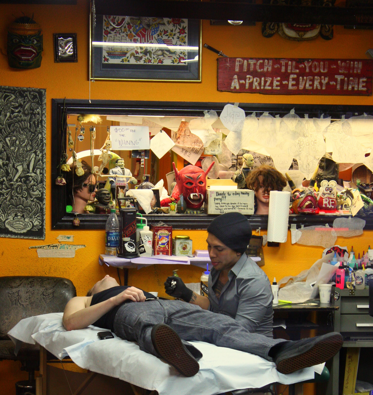 Gloria s restaurant dallas antonio rambl s travels for Good tattoo parlors near me