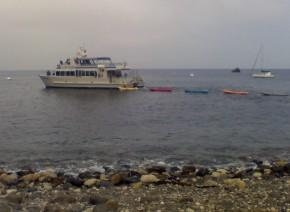 Santa Cruz Island kayaks 04