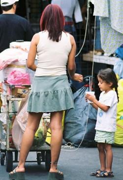 Mother & child, Santa Teresita market, Guadalajara