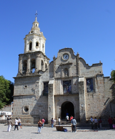 Parish church on the plaza in Cajititlan