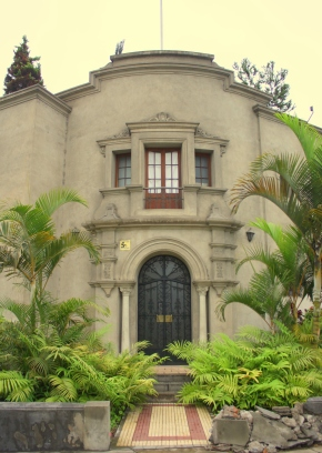 Classic homes in Miraflores District, LIma