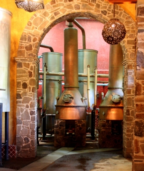 Distillation vats