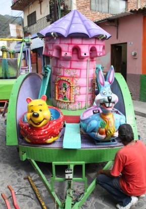 Newly arrived ride, Calle Colón, Ajijic, Jalisco