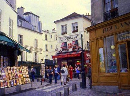 Montmartre musings 005 plaza