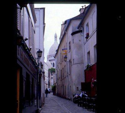 Montmartre musings 005 street scene