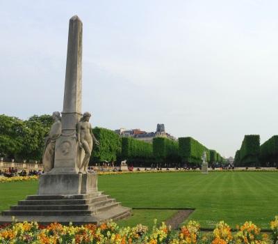 Scheurer-Kestner obelisk, Luxembourg Gardens, Paris