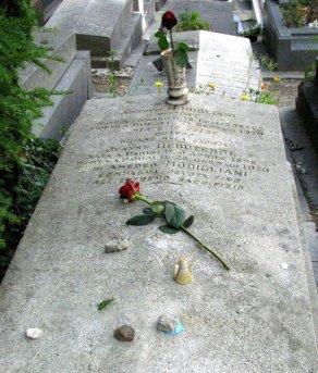Grave of Amedeo Modigliani, Père Lachaise cemetery