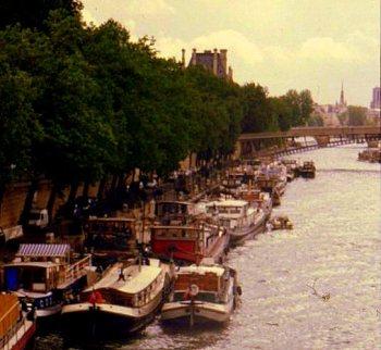 Paris Street Scenes 001
