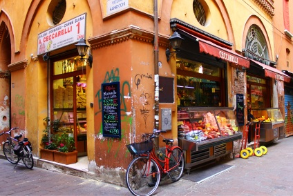 Neighborhood grocery, Bologna, Italy.