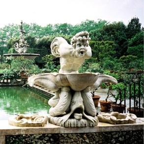 Triton Fountain, Boboli Gardens, Florence, Italy.