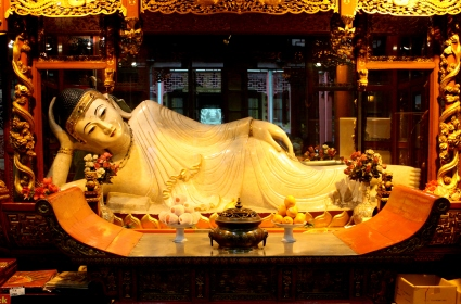 Marble replica of the white Jade Buddha.