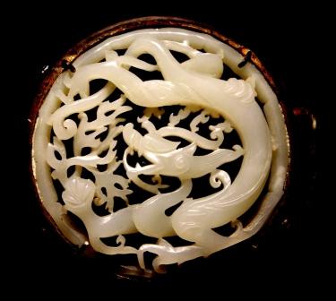 Jade brooch, Shanghai Museum